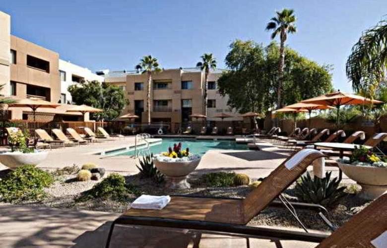 Courtyard Scottsdale North - Hotel - 10