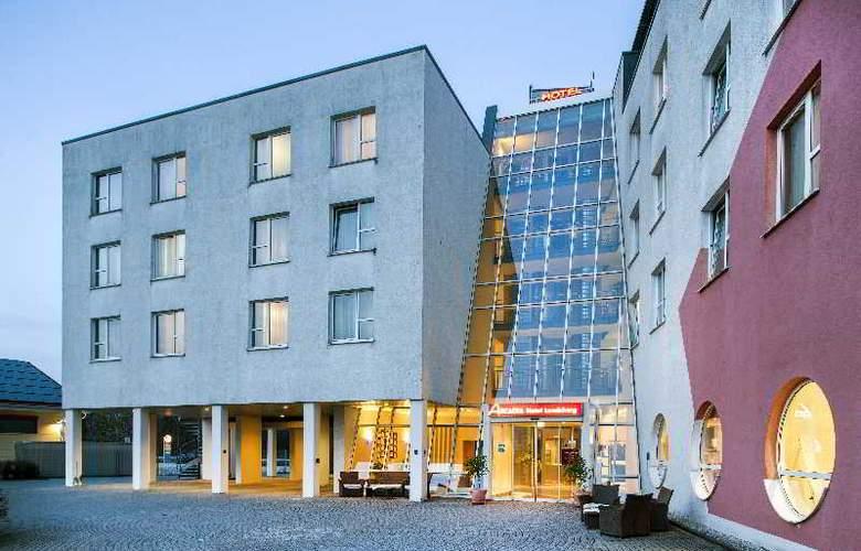 Vienna House Easy Landsberg - Hotel - 4