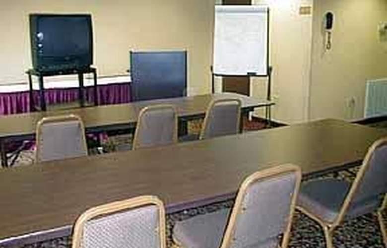 Comfort Inn & Suites - General - 3