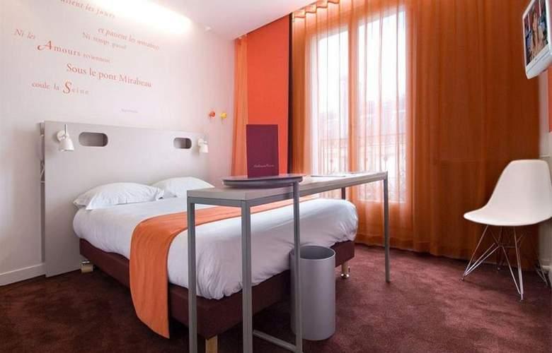 Cervantes Paris - Room - 11
