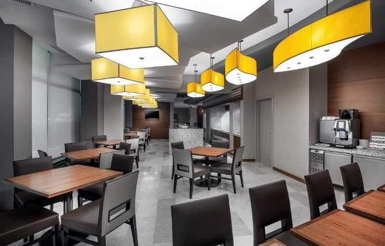 Hyatt Place Yerevan - Restaurant - 4
