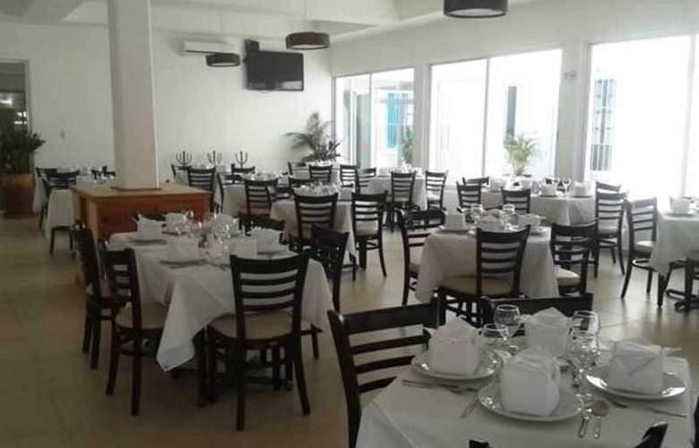 Hotel Santa Cruz Huatulco - Restaurant - 2