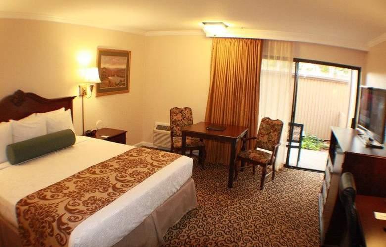 Best Western Plus Inn At The Vines - Room - 19