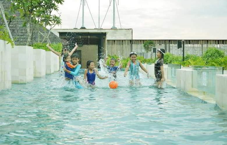 Ramada Bali Sunset Road Kuta - Pool - 3