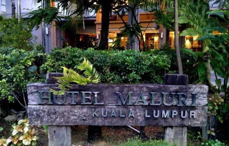 Hotel Maluri Kuala Lumpur - Terrace - 5