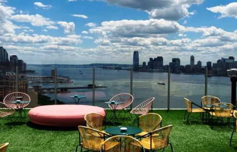 The Standard High Line - Terrace - 10