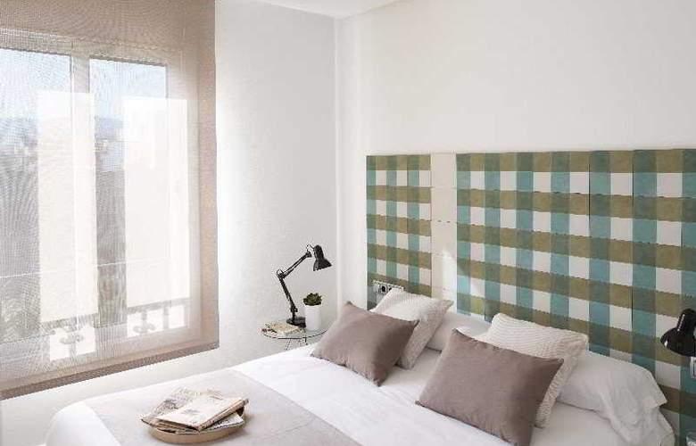 Eric Vokel Gran Via Suites - Room - 2