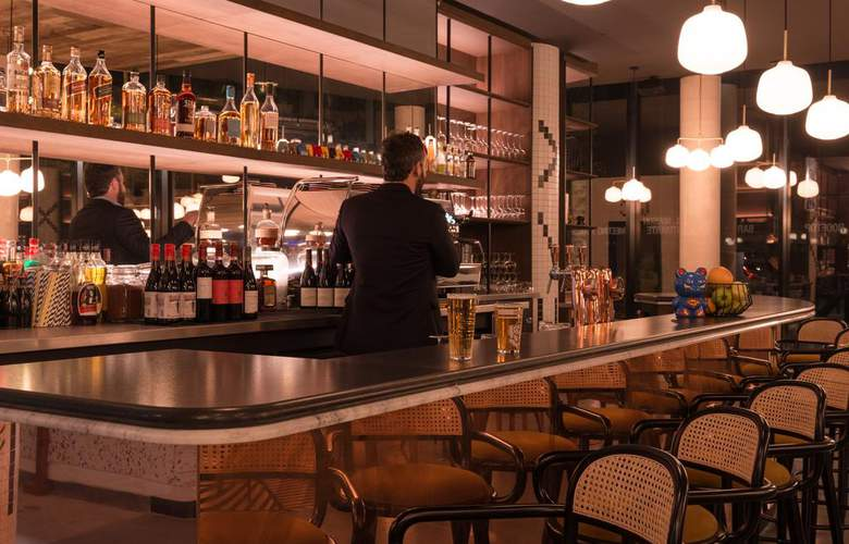 Hotel The Originals Paris Maison Montmartre - Bar - 2