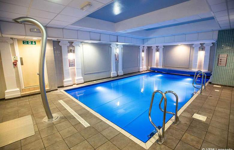 Crowne Plaza Edinburgh - Royal Terrace - Pool - 3