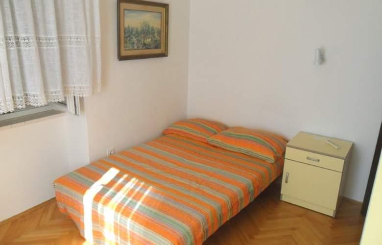 Villa Dube - Room - 13