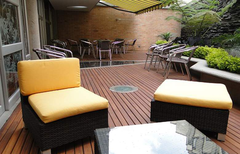 Estelar Apartamentos Aeropuerto Bogotá - Terrace - 5
