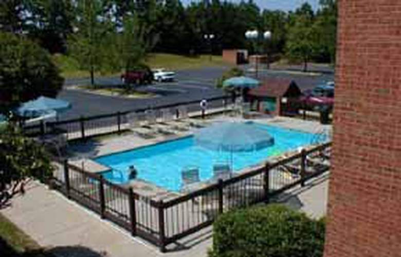 Comfort Inn Smith Mt. Lake - Pool - 4