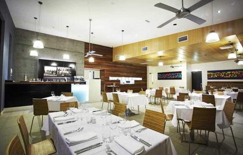 Peppers Noosa Resort & Villa - Restaurant - 11
