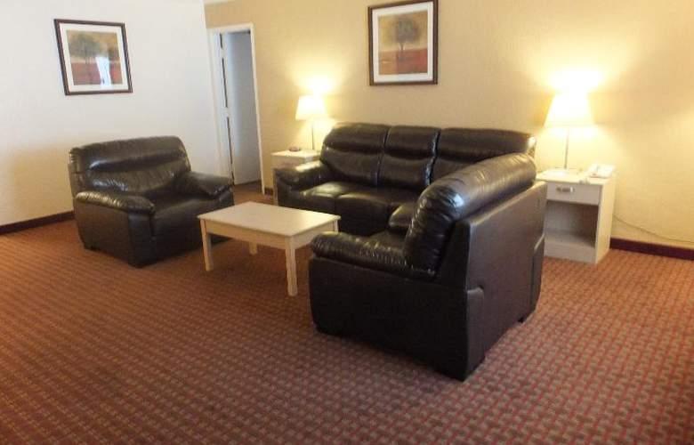 Quality Inn & Suites Lake Havasu City - Room - 7