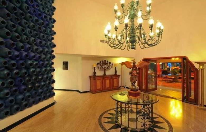 Marina Fiesta Resort & Spa All Inclusive - General - 9