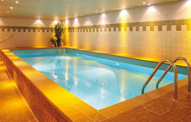 Leonardo Hotel Köln - Pool - 22