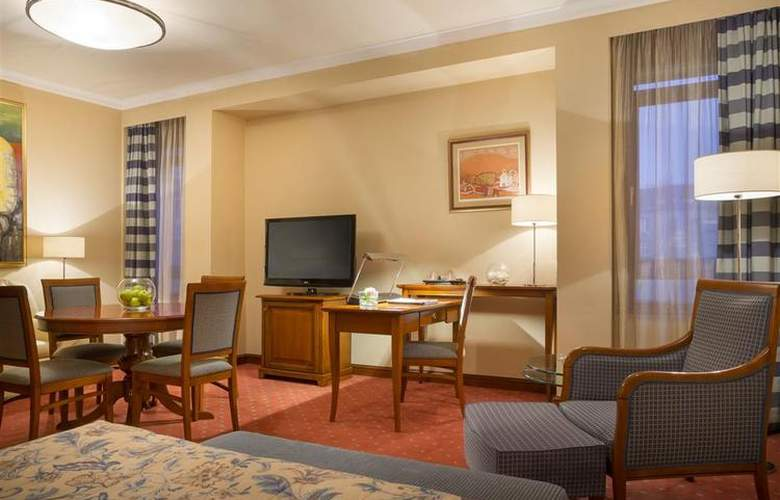 Best Western Premier Astoria - Room - 124