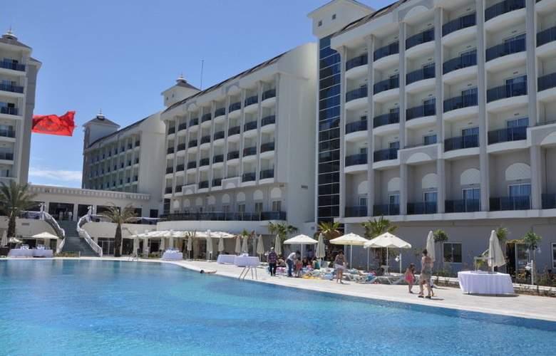 Lake & Riverside Hotel & Spa - Hotel - 0