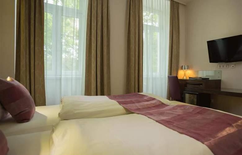 Best Western Plus Hotel Arcadia - Room - 107