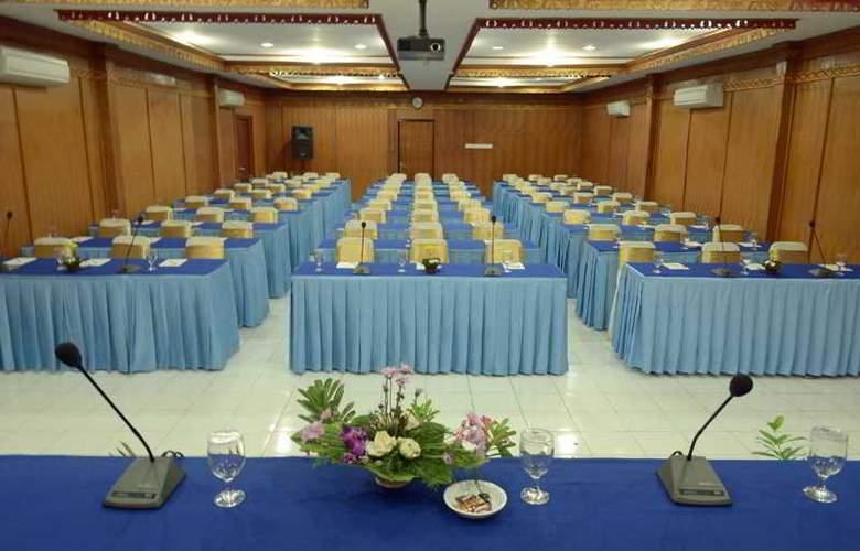 Inna Sindhu Beach - Conference - 33