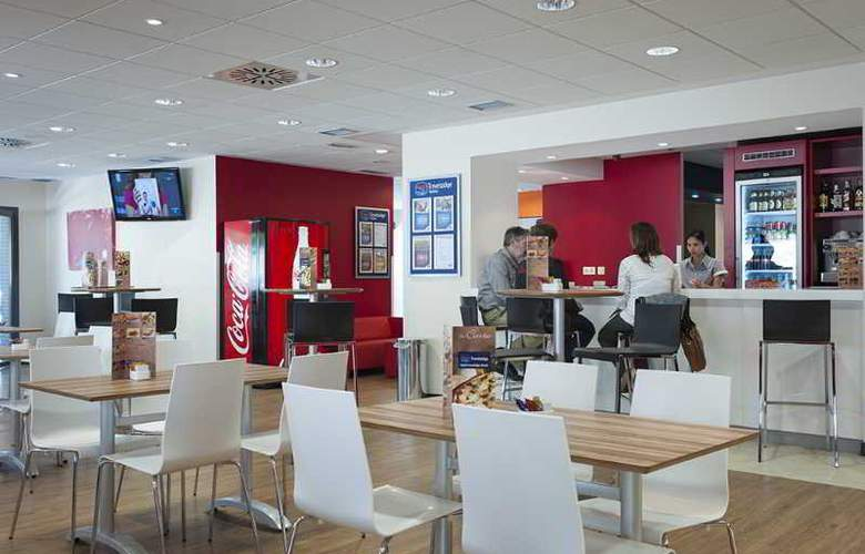 Travelodge Madrid Alcalá - Restaurant - 11