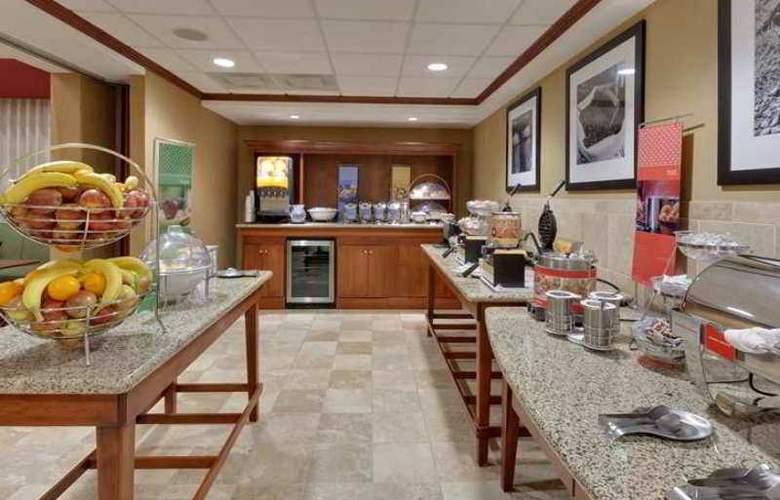 Hampton Inn & Suites Windsor - Sonoma Wine Country - Hotel - 6