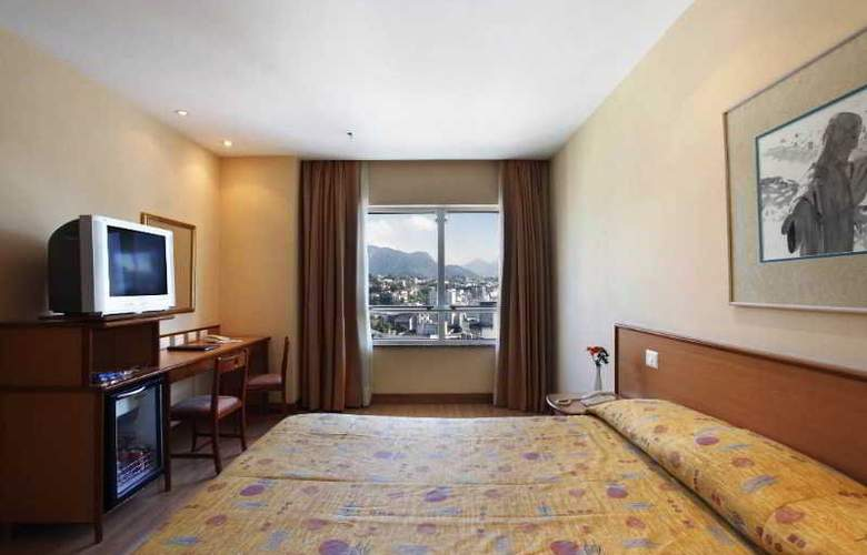 Windsor Asturias - Room - 6