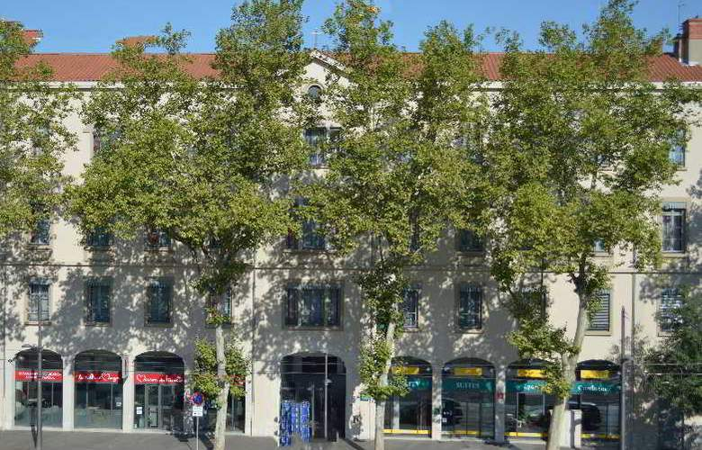Quality Suites Lyon Confluence - Hotel - 0