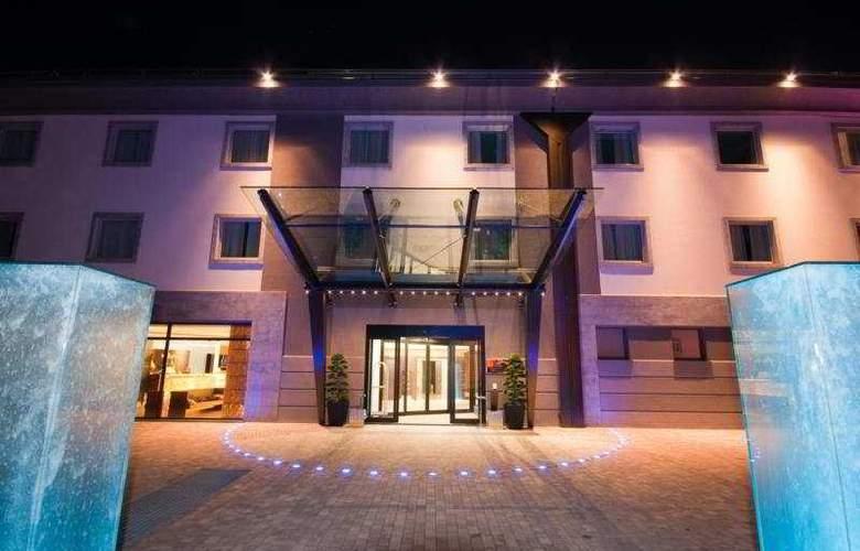Winter Garden - Hotel - 0