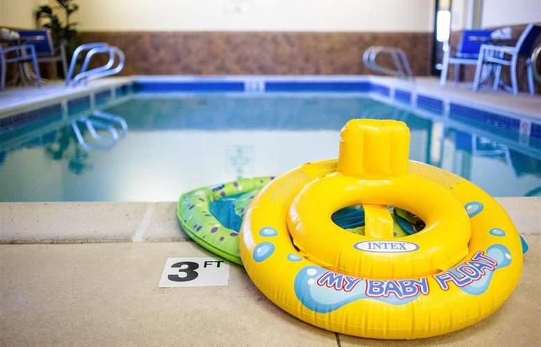 Best Western Plus Eastgate Inn & Suites - Pool - 82