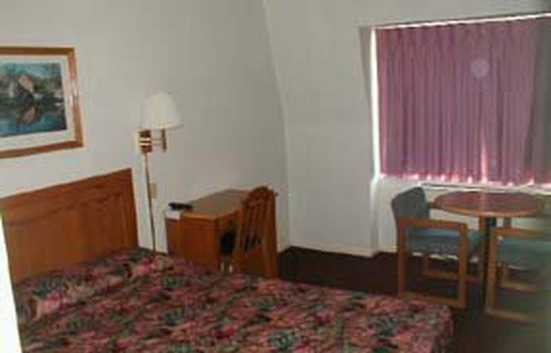 Econo Lodge (Worthington) - Room - 2