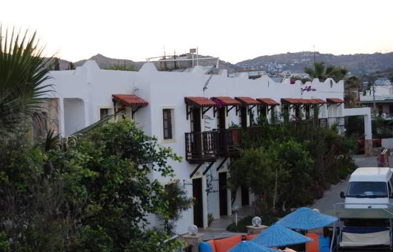 Eris Hotel - Hotel - 0
