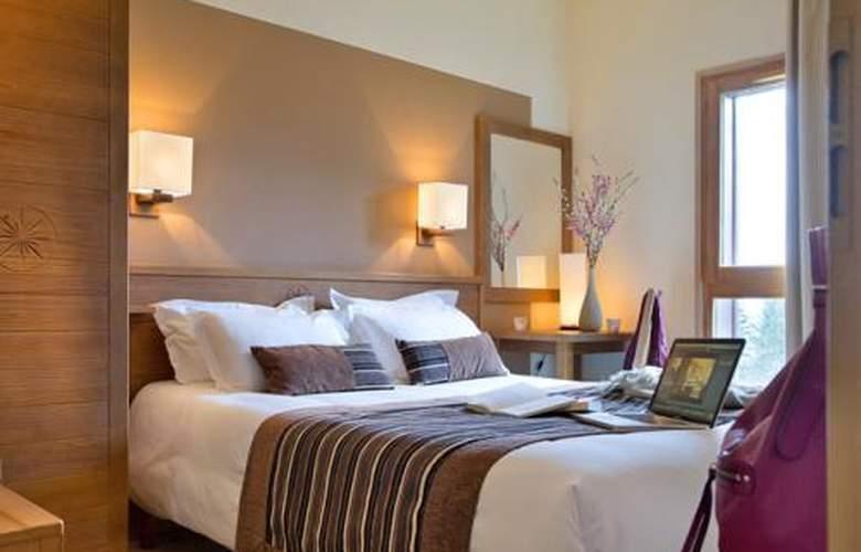 Pierre & Vacances Premium Les Terrasses d'Eos - Room - 4