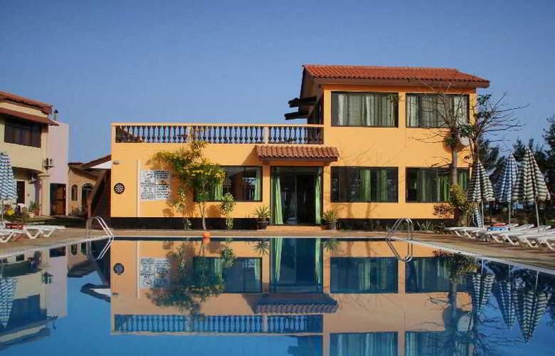 Jerma Beach Hotel - Hotel - 0