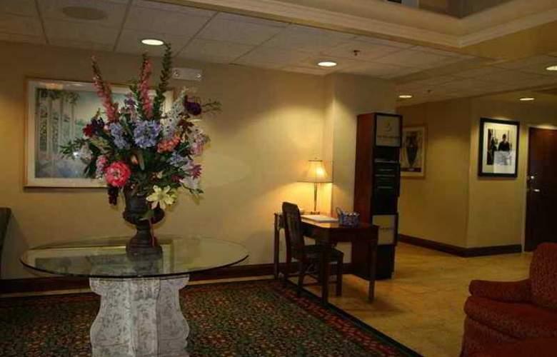 Hampton Inn Danville - Hotel - 0