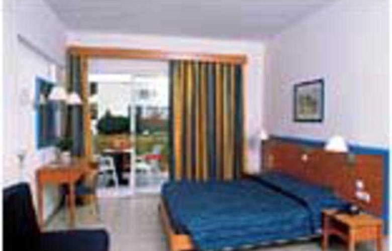 Akti Beach Club - Room - 2