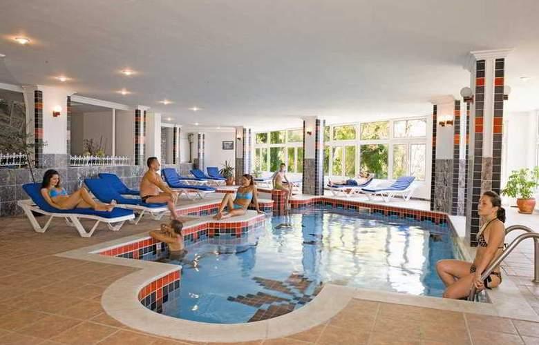 Alkoclar Adakule Hotel - Pool - 7
