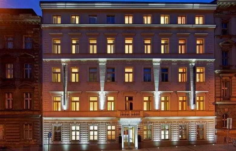 Red & Blue Design - Hotel - 0