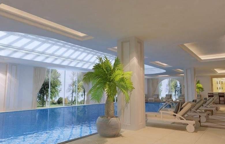 Vogue Hotel Bodrum - Pool - 17