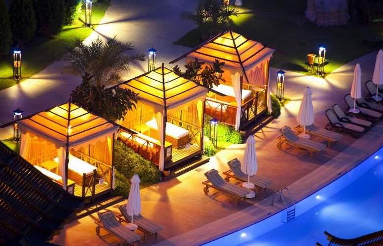 Limak Lara De Luxe Hotel&Resort - Pool - 16