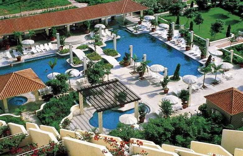 Grand Coloane Resort - Pool - 18