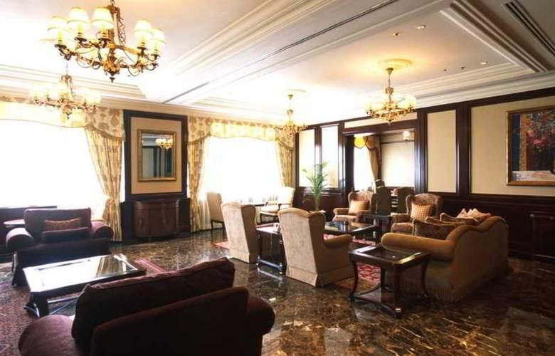 Eastern and Oriental Hotel Penang - Room - 18