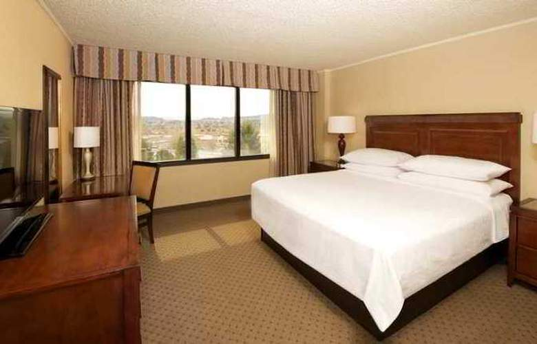 Embassy Suites Hotel Portland Washington Square - Hotel - 2
