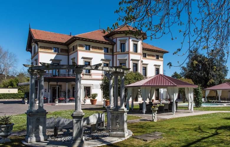 Villa Stucky - Hotel - 0