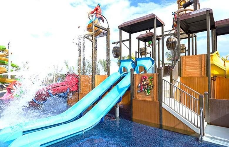 Royalton Blue Waters - Montego Bay - Pool - 14