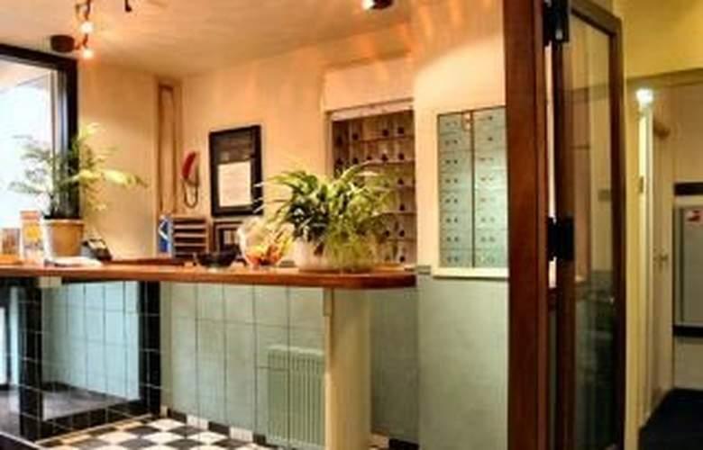 The Arcade Hotel - Bar - 4