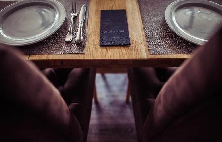 Nuria - Restaurant - 15