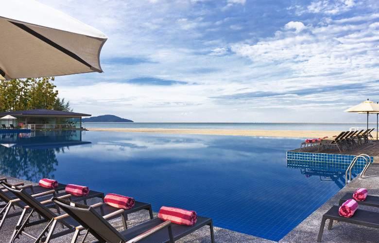 Century Langkasuka Resort - Pool - 18