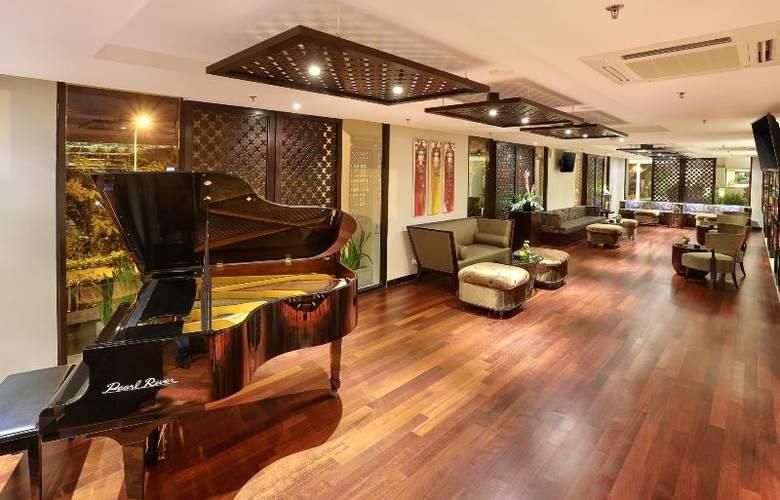 Bali Nusa Dua Hotel & Convention - Bar - 29