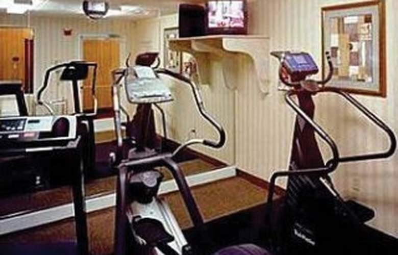 Comfort Suites Universal Orlando - Sport - 5